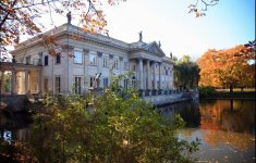 Warsaw, The Royal Bath - The Palace on the Water -  fot.: M. i E. Wojciechowscy, http://tripsoverpoland.eu